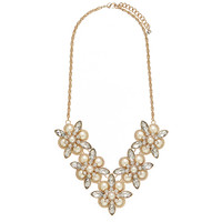 Veronica Pearl Statement Necklace - Forever New