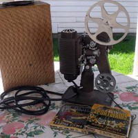 Vintage 8 mm Projector Revere Model 85 with by nanascottagehouse