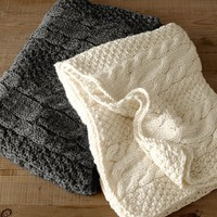 Chunky Cable Knit Oversized Throw