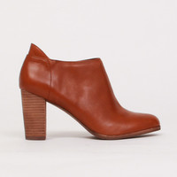 Isla Boot in Cognac