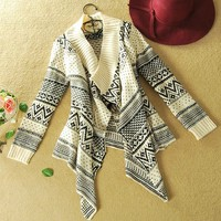 A 080506 Long-sleeved cardigan sweater coat irregular geometry
