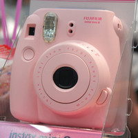 Fujifilm Instant Instax Mini 8 Polaroid Film Camera Pink Color + Film & Case