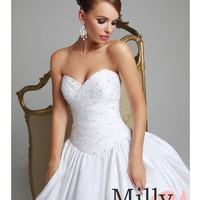 pictures of Hollywood Dreams wedding dresses BAHD0016