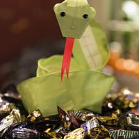 Ribbon Snakes | Step-by-Step | DIY Craft How To's and Instructions| Martha Stewart
