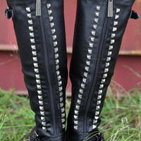 Restock: Talk Of The Town Boots: Black | Hope's