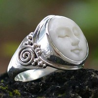 Cow bone ring, Face of the Moon