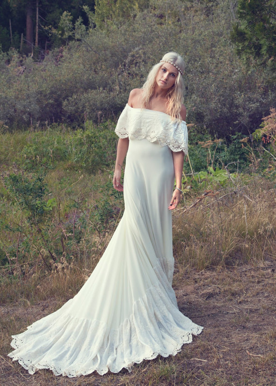 bohemian wedding dress 1970s hippie from daughtersofsimone on