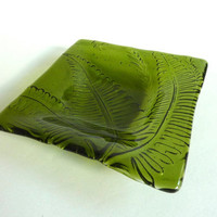 Fused Glass Fern Imprinted Dish in Fern Green