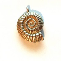 Gold Conch Seashell Pendant Bead