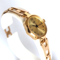 Rare Soviet Vintage Gold plated Ladies Mechanical Wristwatch Bracelet LUCH new from old stock. 17 jewels