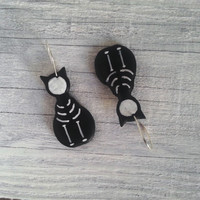 Skeleton black cat earrings - Halloween - Goth bangle earrings