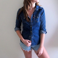 Vintage Levis Button Down Up Shirt Blouse Womens Jacket Jean Denim Outdoors Motorcycle Retro Levi