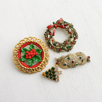 Vintage Christmas Brooch Lot - 4 Enamel & Rhinestone Costume Jewelry Pins - Tree, Wreath, Holly, ... / Festive Holiday