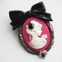 glamasaurus ♥Kawaii Cute Sweet Jewelry + Accessories ♥ — Poisoned Apple Snow White Cameo Brooch