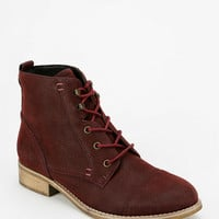 Chelsea Crew Tribute Lace-Up Boot - Urban Outfitters