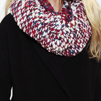 Cozy Textured Eternity Scarf - Urban Outfitters