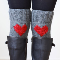 Red Grey Short Heart Knit Boot Cuffs. Love Heart Short Leg Warmers. Crochet heart Boot Cuffs. Legwear Grey red