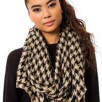 The Checkered Scarf in Beige