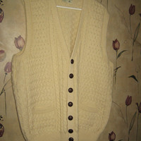 Carraig Donn 1970s Vintage Vest Wool Sweater vest from Ireland Fisherman Knit Cream sz xlarge Unisex