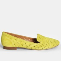 Gulliver Flats In Acid Yellow By Dolce Vita