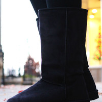 Pathway to the North Boot - Black