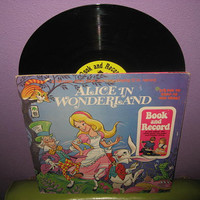 Rare Vinyl Record Alice In Wonderland Comic Book and Record LP 1971 Children's Classics