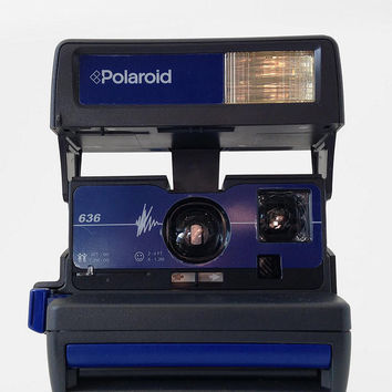 Close-Up 635 Camera Kit By Impossible Project - Urban Outfitters