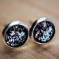 ALDUIN - 8mm Skyrim inspired sparkling post earrings.