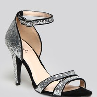 TRAIL OF GLITTER HEEL