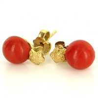 Vintage 18 Karat Yellow Gold Red Coral Star Stud Earrings Fine Estate Jewelry
