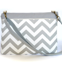 "Laptop Bag, 13.3"" MacBook Bag, Padded Laptop Case with Strap - Gray Chevron"