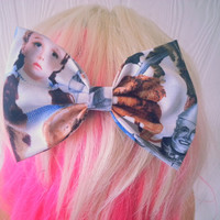 Wizard of Oz / Fabric hair bow / Wizard of oz hair bow / girls hair bow / girls hair clip / tin man / wonderful wizard of oz / Dorothy
