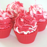 Red Velvet Scented Soy/Paraffin Cupcake Candle