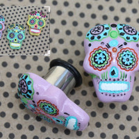"Sugar skull tunnels plugs for gauged or stretched ears: 4g (5mm),2g (6mm), 0g (8mm), 00g (10mm), 7/16"" (11mm), 1/2"" (12mm)"