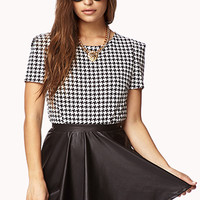 Chic Houndstooth Top