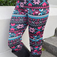 You Can't Miss Her Leggings: Multi