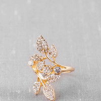 CHANTILLY PAVÉ LEAF RING