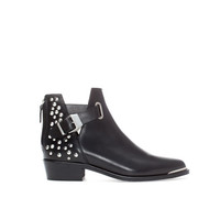 STUDDED FLAT LEATHER ANKLE BOOT