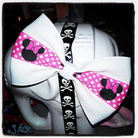 Minnie Mouse: White Base with Pink, White and Black Mouse Ear Center Stripe