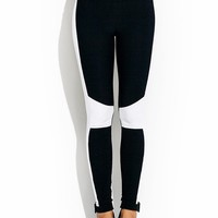 Quilted-Contrast-Leggings BLACKWHITE - GoJane.com