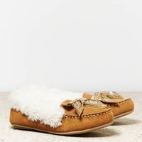 AEO BEADED BOW MOCCASIN
