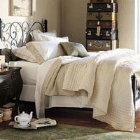 Avery Bed | Pottery Barn