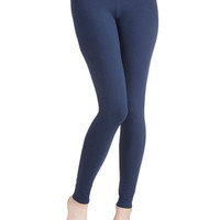 Simple and Sleek Leggings in Navy | Mod Retro Vintage Pants | ModCloth.com