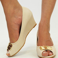Cherish Me Gold Plate Nude Wedges
