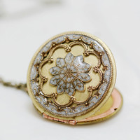 Locket, Resin locket,Pearl White Locket,Snow,filigree locket necklace,resin locket,photo locket , brass locket - vintage locket