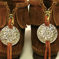 Silver Conchos On Vintage Brown MINNETONKA Moccasins. Ankle Boots. Back Zipper. Fringe. Women's size 6. USA.