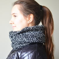 black white chunky infinity scarf cowl wool scarf loop circle scarf gift ideas woman scarves birthday gifts valentines day gifts