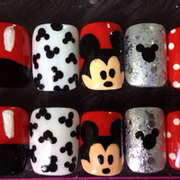Mickey mouse inspired fake nails 10g nail glue included