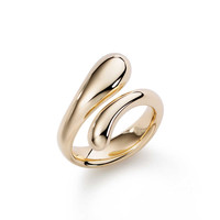 Tiffany & Co. - Elsa Peretti® Teardrop ring in 18k gold.