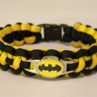 550 Paracord Bracelet Cobra Weave Batman Black And Yellow